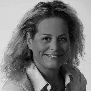 דניאלה פרלשטיין